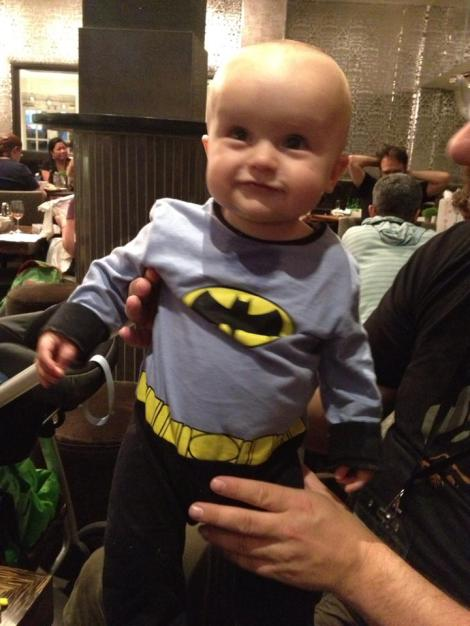 We couldn't find Sammy for most of Sunday, but Batbaby turned up, which was cool.